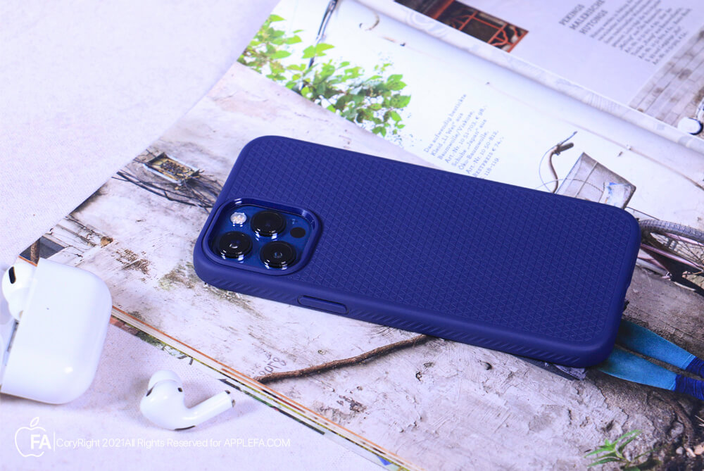 کاور اسپیگن مدل Liquid Air مناسب برای iphone 12 pro max